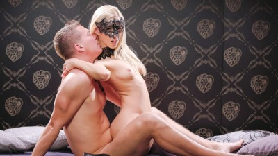 Sultry Hungarian beauty Nesty enjoys hot sex in glamour fantasy play out - X Chimera