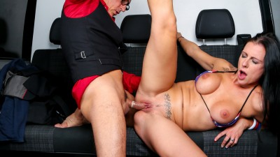 German babe Texas Patti rides Conny Dachs' cock in the backseat of the bus - Bums Bus