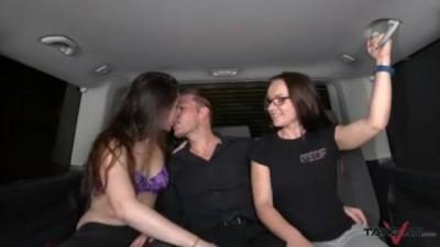 Sensual Fantactic foursome!