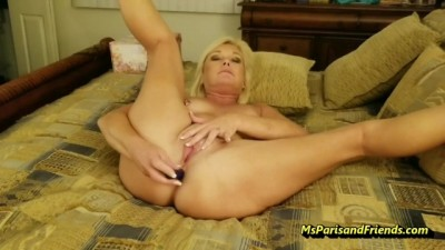 Ms Paris is a MASTER of Masturbation