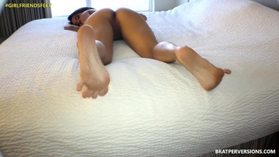 Cute Bare Soles and Thick Ass