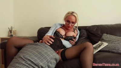 Naughty Secretary Louise Lee Gets her Pussy Eaten