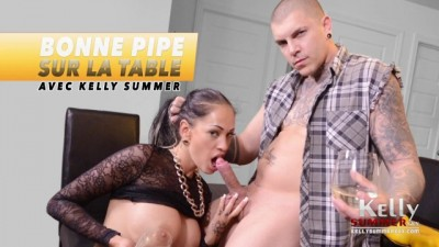 BLOWJOB SUR LA TABLE - KELLY SUMMER